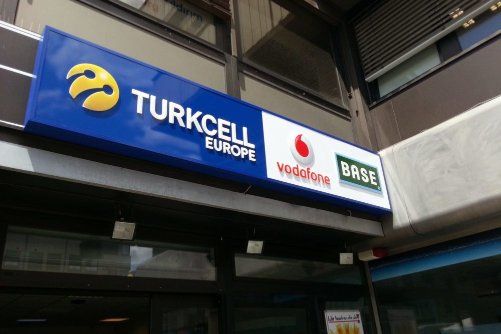 LED Leuchtkasten dekupiert Turkcell Europe