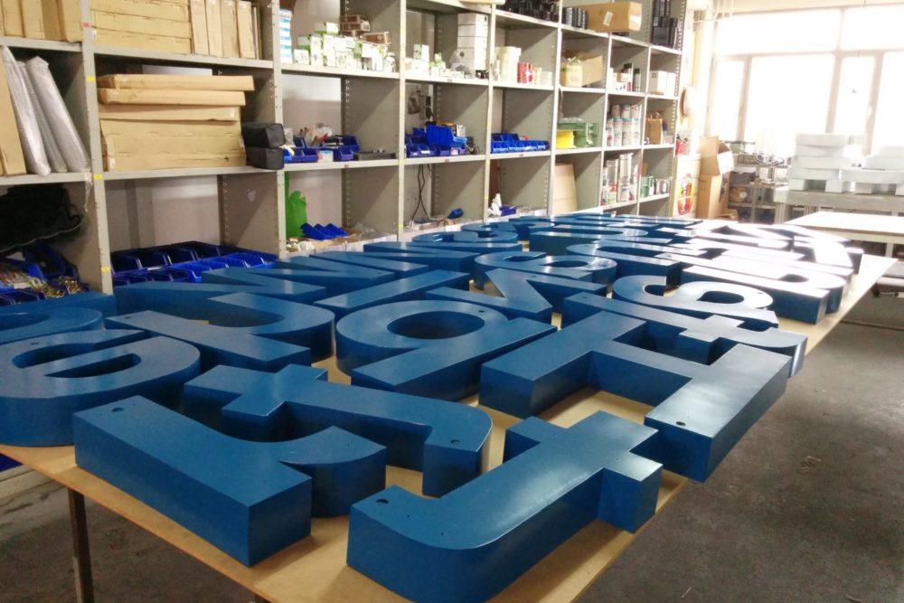 Produktion LED Buchstaben